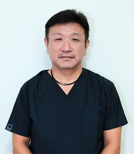 相模原市中央区の歯医者、アオキ歯科クリニック院長 青木 秀仁